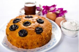 Prunes Butter Cake