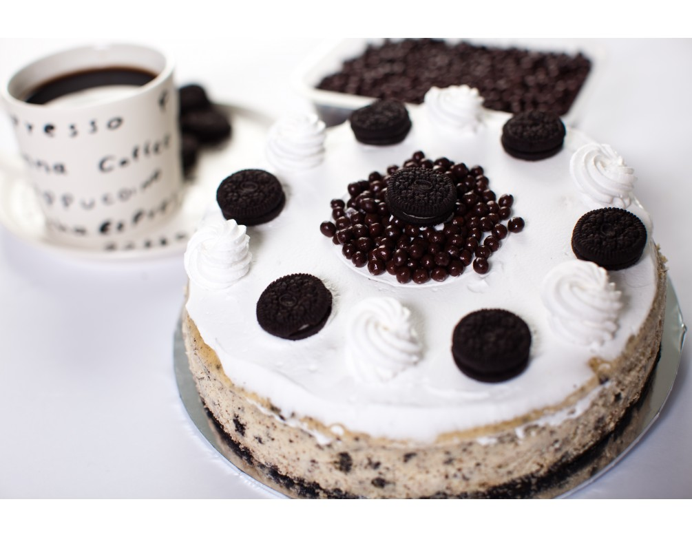 "Rich ""Oreo"" Baked Cheese Cake"