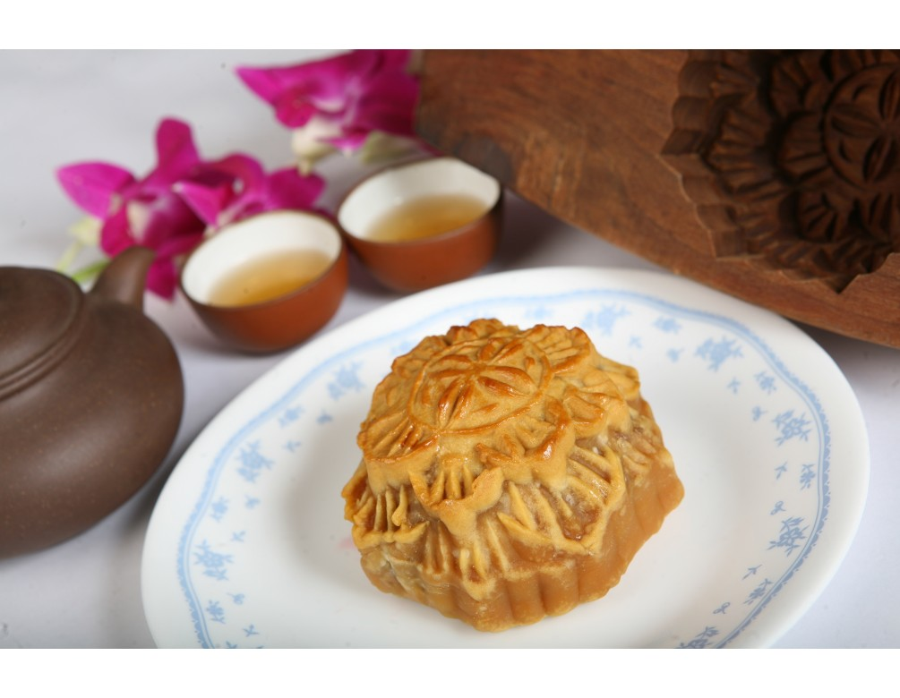 Box of 4 Pcs Baked Mixed Nuts Mooncakes