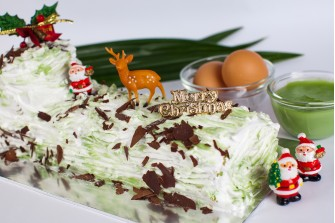 Christmas Pandan Kaya Delight Log Cake